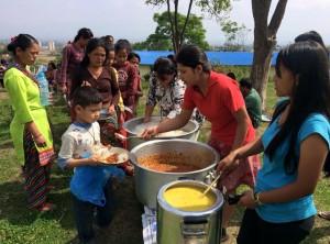 PHOTO FEEDBACK FROM NEPAL / https://www.crossroads.org.hk/wp-content/uploads/2015/05/10984499_10153028580470547_525918892511267494_n.jpg