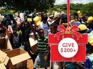 Box of aid / https://www.crossroads.org.hk/wp-content/uploads/2016/11/give_2001.jpg