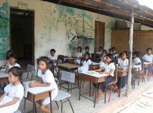 Cambodia: School under a tree / https://www.crossroads.org.hk/wp-content/uploads/2019/07/RS11607_S2197_Cambodia_Feedback-19.jpg